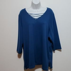 AVENUE 3/4 sleeve laced vneck teal blue Top